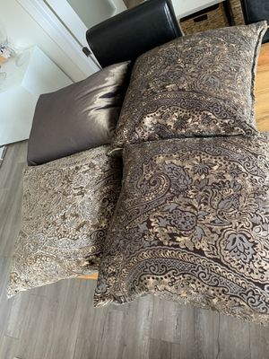 Duck feather pillow inserts and covers for Sale in Culver City, CA