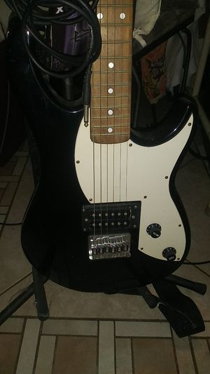 Peavey Rockmaster Electric Guitar with Stand and Amp Cable for Sale in Orlando, FL