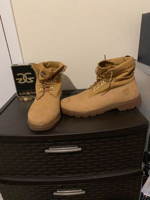 Wheat Roll Top Timberland Boots (Sz. 11.5) for Sale in Auburndale, FL