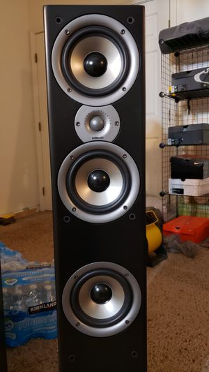 Polk monitor 60 speaker great condition for Sale in Las Vegas, NV