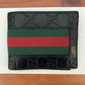 Gucci signature wallet for Sale in Las Vegas, NV