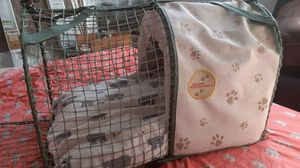 Doctor foster and Smith dog crate for Sale in Salinas, CA