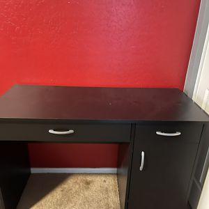 Black Desk for Sale in Avondale, AZ