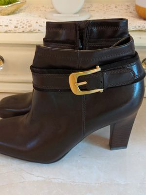 High heel booties size 7 for Sale in Gaithersburg, MD
