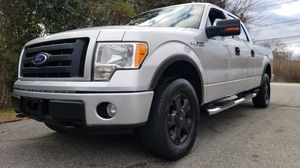 2010 ford f150 crew cab 4x4 automatic for Sale in Norwich, CT