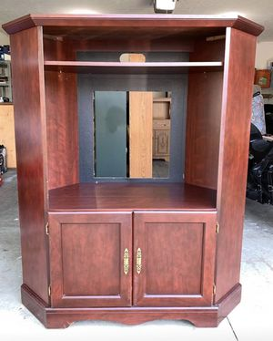 TV Entertainment stand for Sale in Lexington, KY