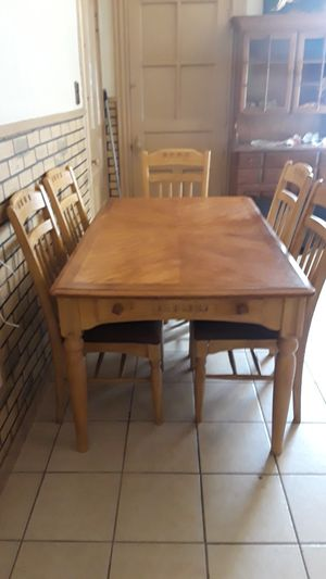 Wood kitchen table and 5 chairs set for Sale in St. Louis, MO