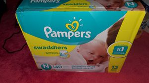 Pampers Swaddlers - SIZE NEWBORN 140 CT for Sale in Brooklyn, NY
