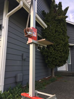 E-Z Lift Cabinet Lift for Sale in Kirkland, WA