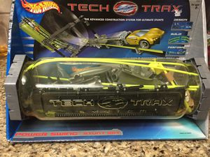 Hot Wheels Tech Trax Power Swing Stunt Set for Sale in Ontario, CA