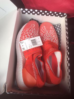 Women's adidas Stella McCartney size 8 brand new for Sale in Los Angeles, CA