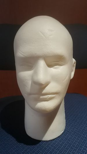 CLEARANCE: LOT OF 2 FOAM DISPLAY HEADS 3 MALE + 3 FEMALE COMMERCIAL GRADE for Sale in Rochester, MN