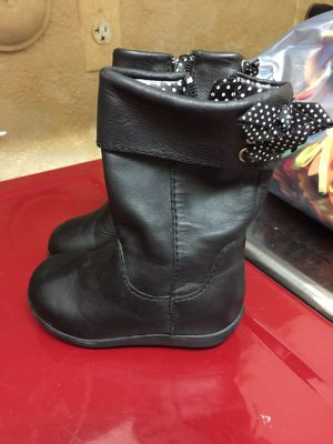 Size 5 baby girl boots for Sale in Coral Springs, FL