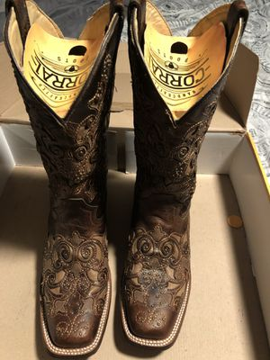 Women's Size 9 Corral Brand Cowboy Boots for Sale in Lake Wales, FL