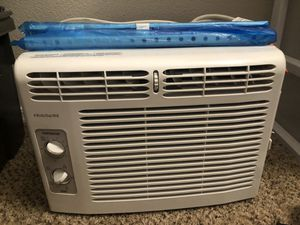 Small AC Window Unit for Sale in Tolleson, AZ