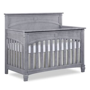 5 In 1 Convertible Crib With Toddler Rail, ,changing table And Dresser for Sale in Irvine, CA