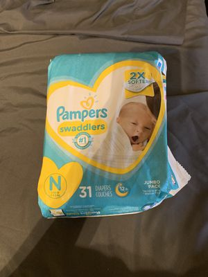 Pampers Newborn diapers for Sale in Jurupa Valley, CA