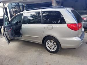 2010 Toyota Sienna for Sale in Clermont, FL