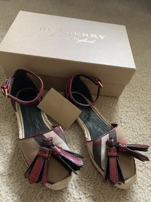 Burberry women shoes AUTHENTIC for Sale in Houston, TX