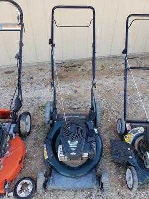 """Bolens 21"""" Cutting Width Push Mower with Briggs & Stratton motor for Sale in Buckeye, AZ"""
