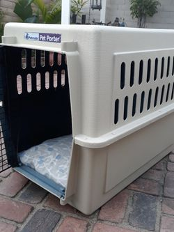 """Large Classic Dog Kennel 33""""L, 26""""H, 22 W for Sale in Ontario,  CA"""