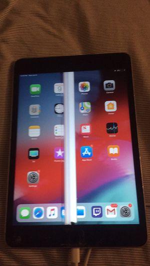Apple IPad mini 3 16 Gb for Sale in Wichita, KS