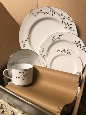 Noritake Birchwood 5-piece Fine China Place Settings for 6 for Sale in San Antonio, TX
