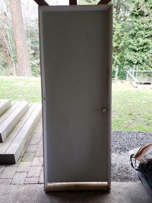 Free Interior prehung door 81x31 for Sale in Bellevue, WA