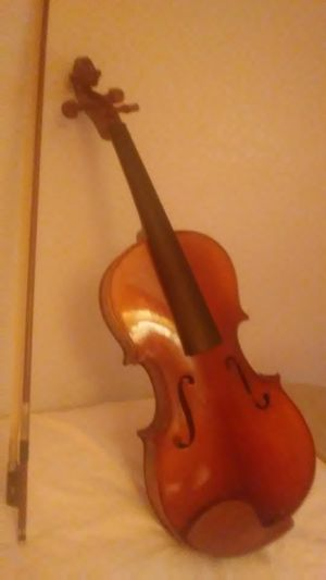 Brn Violin for Sale in Woodland, CA