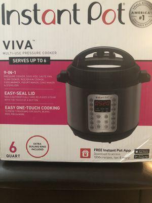 Instant Pot Pressure Cooker for Sale in Inglewood, CA