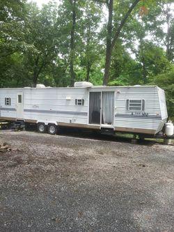 2003 Innsbruck 34 ft camper for Sale in Madison Heights,  VA