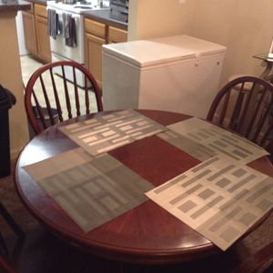 Solid cherry wood kitchen Table with 4 chairs for Sale in Goodlettsville, TN