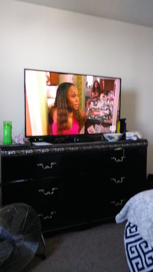Insignia 50 inch for Sale in New York, NY