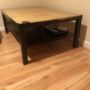 Centre Table for Sale in Morristown, NJ