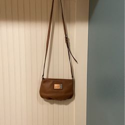 Marc Jacobs Tan Leather Crossbody Bag for Sale in Vancouver,  WA