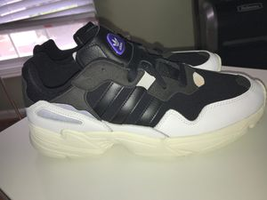 Adidas YUNG-96 BLACK/OFF WHTE SAIL SIZE 12 for Sale in Fort Washington, MD