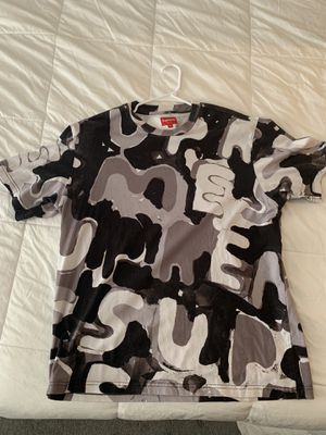 Supreme painted logo S/S for Sale in Auburn, WA