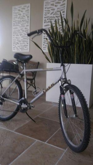 Trek 800 mountain bike 21 speed for Sale in Oakland Park, FL
