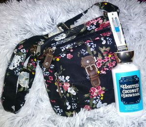 💕 NEW Floral Crossbody Bag / NEW Bath & Body Works Lotion 'Frosted Coconut Snowball' 💕 for Sale in Rialto, CA