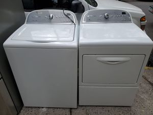 Whirlpool washer and gas dryer set for Sale in The Bronx, NY