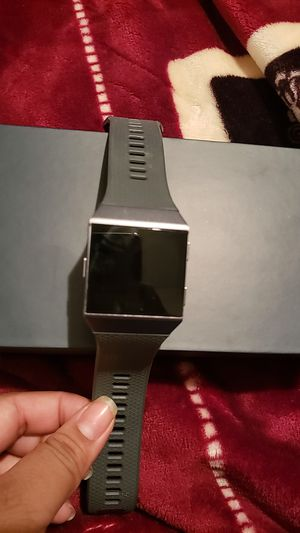 Fitbit Iconic for Sale in Sanger, CA