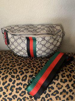 Waist bag for Sale in Bakersfield,  CA