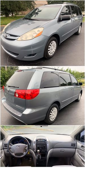 2006 Toyota Sienna for Sale in Kissimmee, FL