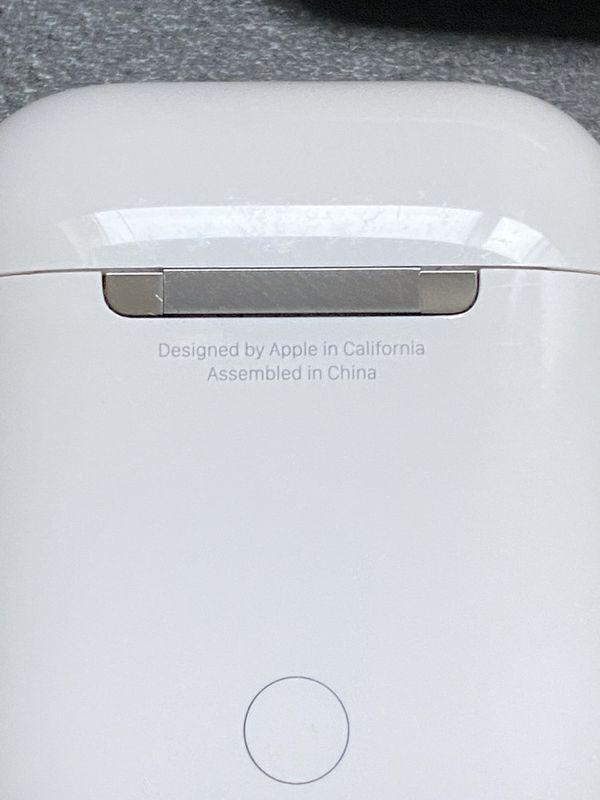 Original Apple AirPods + silicone case