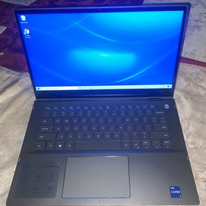 2-1 Dell i7 Touch screen laptop 11th Gen. Windows 10 for Sale in Downey, CA