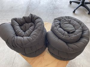 (2) COLEMAN SLEEPING BAGS for Sale in Greensburg, PA