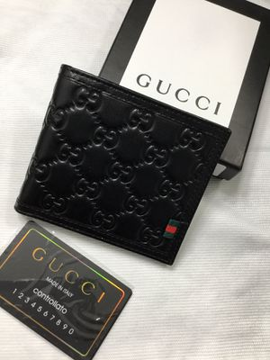 Gucci wallet. The price is not negotiable for Sale in Miami, FL