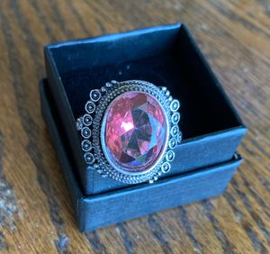 NEW OVAL KASHMIR RUBY PINK STERLING SILVER PLATED RING, ALL SIZES for Sale in Sparks, NV