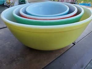 Pyrex 1940's nesting mixing bowl set for Sale in Seattle, WA