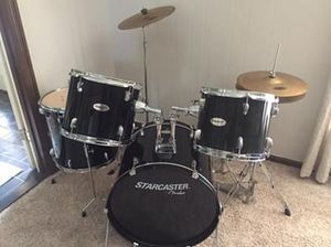 Drum Set (beginner) for Sale in Toledo, OH